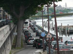Accès à la voie expresse rive droite vers Paris Centre depuis le quai Louis Blériot - saturation totale