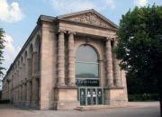 La Galerie Nationale du Jeu de Paume héberge une exposition faisant l'appologie du crime racial et du terrorisme